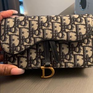 Dior belt bag worn once no signs of wear